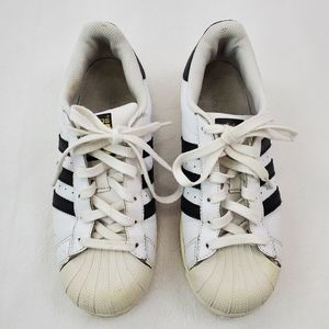 Classic white with black stripe adidas sneakers